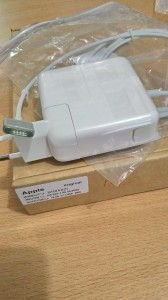 Jual adaptor, charger apple macbook magsafe 2 60W Yogyakarta